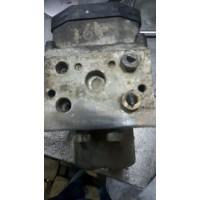 Ford Transit YC15-2C285-CE / Bosch 0 265 220 486